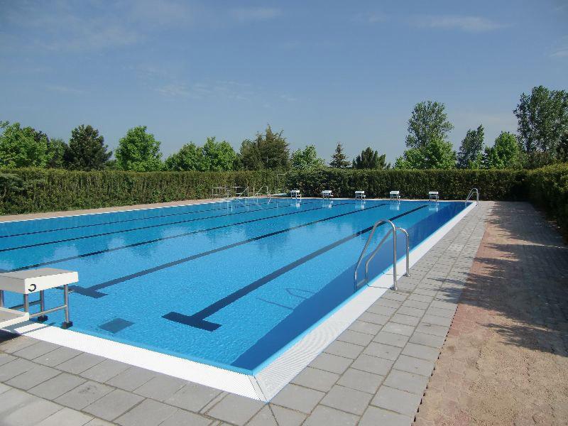 schwimmbecken folienauskleidung schwimmbadtechnik